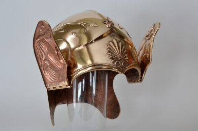 Attic-Chalcidian helmet – updated with crest photos